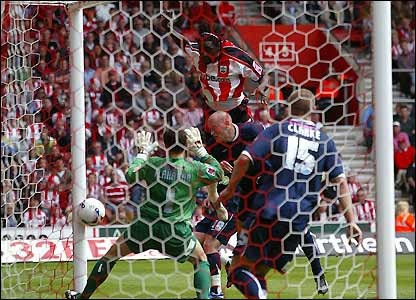Kenwyne Jones equalises
