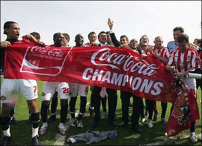 Sunderland celebrate the title