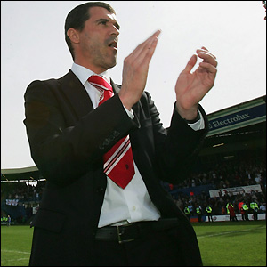 Keane salutes the fans at Luton