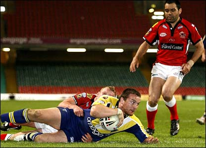 Martin Gleeson scores for Warrington