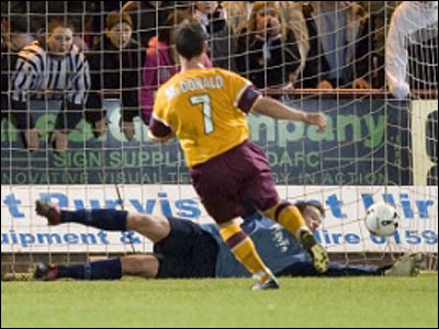 McDonald scores what could be his last goal as a Motherwell player