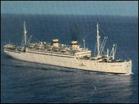 """Лайнер """"Адмирал Нахимов"""" (фото с сайта wikipedia.org)"""