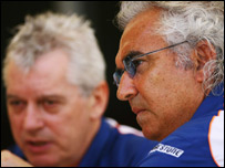 Team boss Flavio Briatore with Pat Symonds