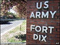Puerta de ingreso al fuerte Dix