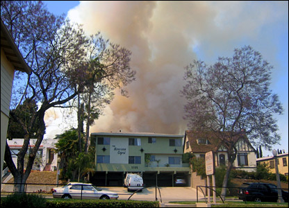 Griffith Park fire, photo by Cristina Polyzoides