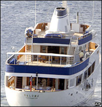 The yacht Paloma