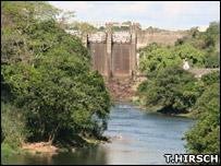 Americana Dam (T.Hirsch)