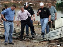 George Bush tours the devastated town of Greensburg, Kansas