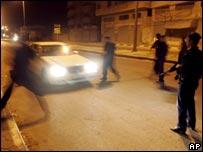 Palestinian police deploy in Gaza