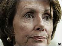 Nancy Pelosi en rueda de prensa el 10 de mayo