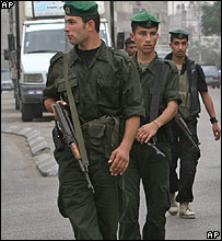 Soldiers deploy in Gaza City