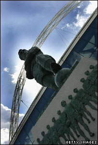 Statue of Sir Bobby Moore