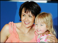 Tanni Grey-Thompson with young daughter Carys