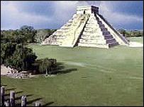 La pir�mide maya de Chichen Itza, en Yucat�n