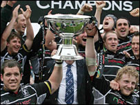 The Ospreys celebrate with the Magners League trophy