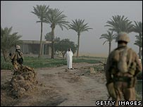 US troops scour Iraqi countryside
