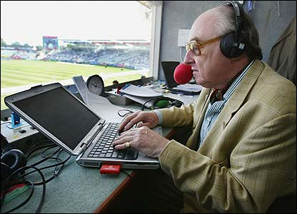 Henry Blofeld commentates for TMS in 2004