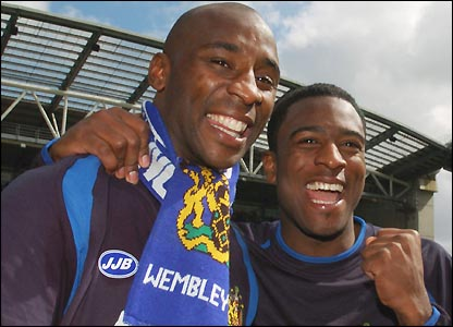 Jason Roberts and Nathan Ellington