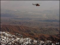 Pakistani helicopter along the border with Afghanistan