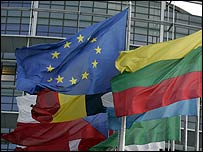 EU flag and national flags (file photo)