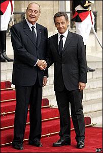 Jacques Chirac (izq.) y Nicolás Sarkozy.