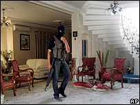 Pro-Fatah gunman secures home of senior official after Hamas raid