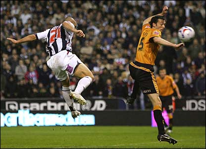 Kevin Phillips scores for West Brom