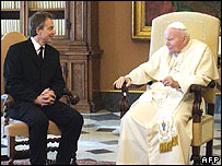 Tony Blair and Pope John Paul II in 2003