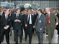 فرنسا ستبيع حصتها في الشركة المالكة لأيرباص..... _42944091_airbus_203_afp