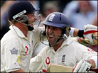 Ian Bell congratulates Matt Prior on his maiden Test century