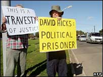 Pro-Hicks protesters outside Yatala prison