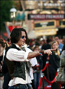 Johnny Depp at premiere of Pirates of the Caribbean: At World's End