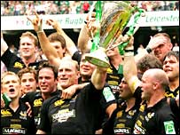 Wasps celebrate victory