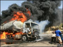 Fuel tanker burns in Basra