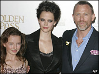 Dakota Blue Richards, Eva Green and Daniel Craig