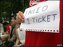 A Liverpool fan hunts for tickets