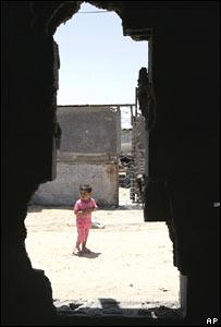 Niña palestina en el campo de Jebaliya