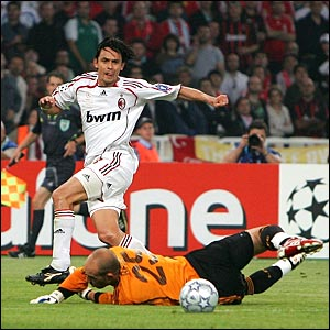 Pippo Inzaghi scores the second goal