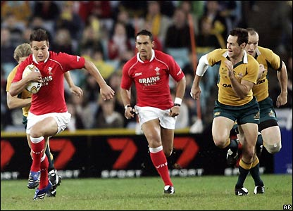 Chris Czekaj sprints forward for Wales