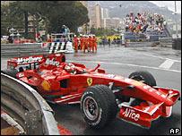Kimi Raikkonen comes to a standstill in Monaco