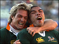 Percy Montgomery (L) and Bryan Habana