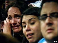 Empleados de RCTV lloran en la última transmisión de La puerta cerrada