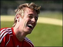 Peter Crouch trains with Liverpool