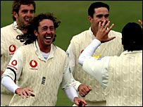 Ryan Sidebottom celebrates another wicket