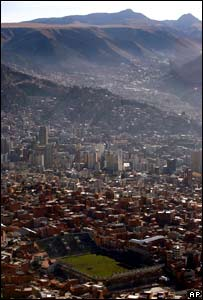 Vista panorámica del estadio Simón Bolívar y de La Paz