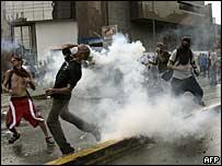 Manifestantes en las calles de Caracas