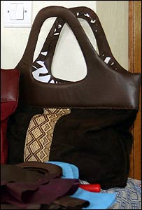 Leather bag from the Taytu collection