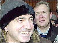 Борис Березовский и Андрей Луговой в Карачаево-Черкессии, 1999 год