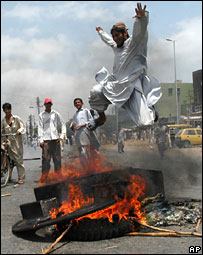 The riots in Karachi on May 13