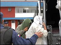 Guerrilleros de las Farc son trasladados.